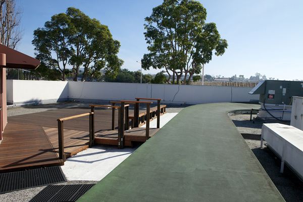 newport-beach-table-tennis-warm-up-area2